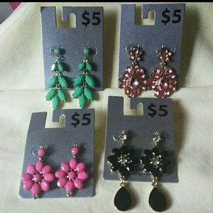 Jewelry - 4 pairs Tiered Earring Bundle